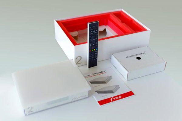 Packaging de la Freebox Crystal